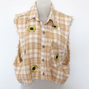 NWT Furst of a Kind Sunflower Distressed Flannel